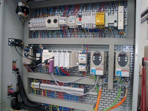 Armoire Electrique Pdf by Armoire Electrique Industriel Pdf Tuto 233 Lectricit 233