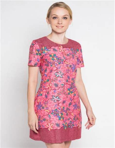 Dress Baju Harian contoh gaya pakaian casual wanita terbaik harian fashion
