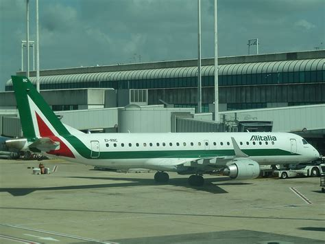 alitalia cabin baggage alitalia reviews overview pictures reviews of