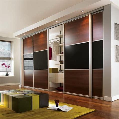 Luxury Wardrobe Doors by Luxury Wardrobe Sliding Mirror Doors 3 Door Wardrobe