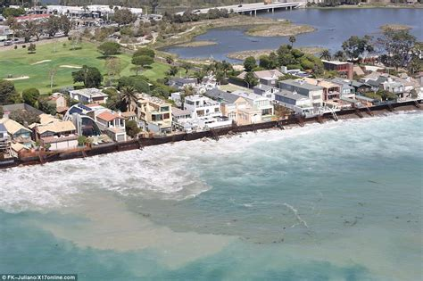 House Plans For Mansions by Celebrities Malibu Homes Battered By Huge Waves Daily