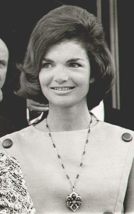 jackie kennedy bouffant jackie kennedy s style fashion most wanted