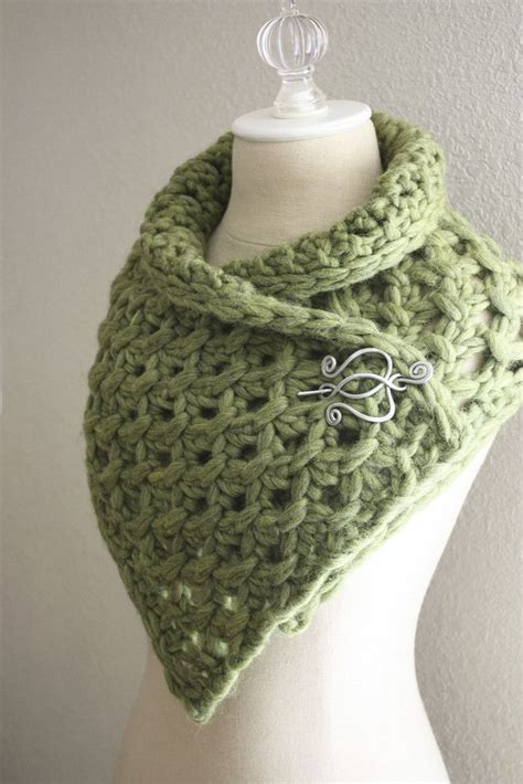 knitted scarves and cowls 30 stylish designs to knit books 1000 images about ways to wear shawl pins on