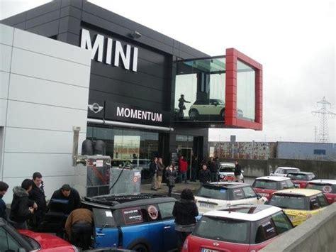 bmw dealership interior pictures momemtum bmw mini showroom legan 233 s