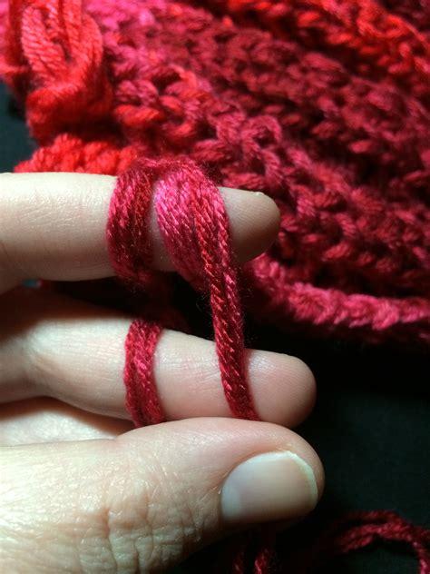how do you finger knit how to finger knit a blanket goodknit kisses