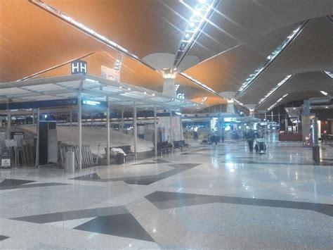emirates kuala lumpur to dubai review of emirates flight from kuala lumpur to dubai in