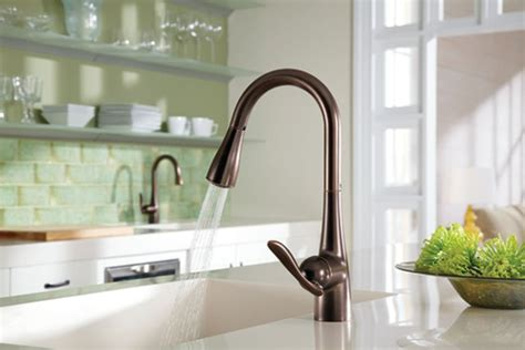 moen rubbed bronze kitchen faucet moen arbor kitchen faucet rubbed bronze 167 05