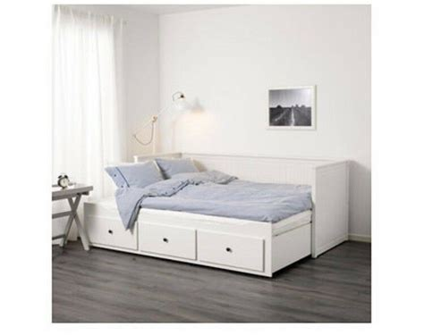 Ikea Pull Out Bed by Sold Ikea Day Bed White Single Or Pull Out To