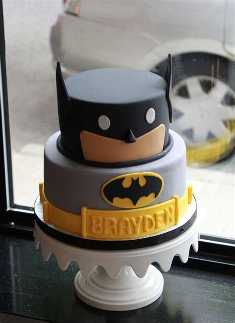 batman birthday party images  pinterest batman birthday parties superhero party