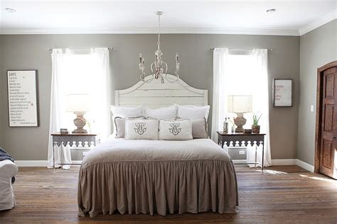 magnolia home decor farmhouse by magnolia homes home decorating guru