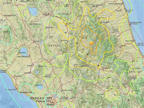 italy earthquake map powerful earthquake shakes central italy