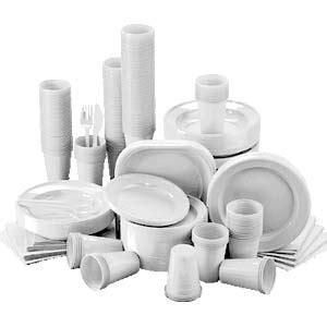 piatti e bicchieri di plastica risparmiare riciclando piatti e bicchieri di plastica