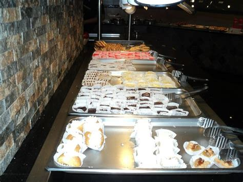 photo0 jpg picture of poc buffet grill weston