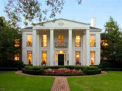 17 Best Ideas About Colonial House Exteriors On Pinterest Southern Style House Plans With Columns