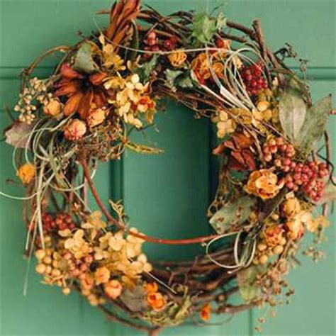 Diy Fall Wreaths Design Ideas 22 Diy Fall Wreaths For Your Walls Windows And Door Decorating In Autumn