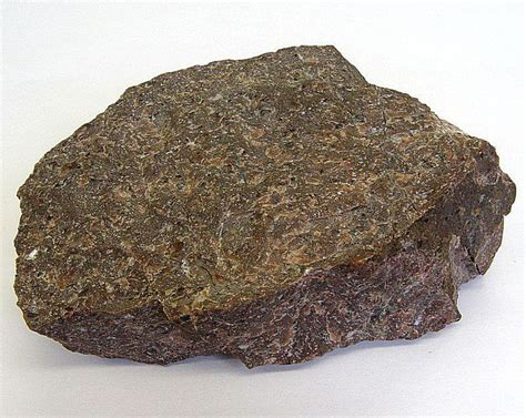 names of rocks that contain gold pictures and descriptions of igneous rock types