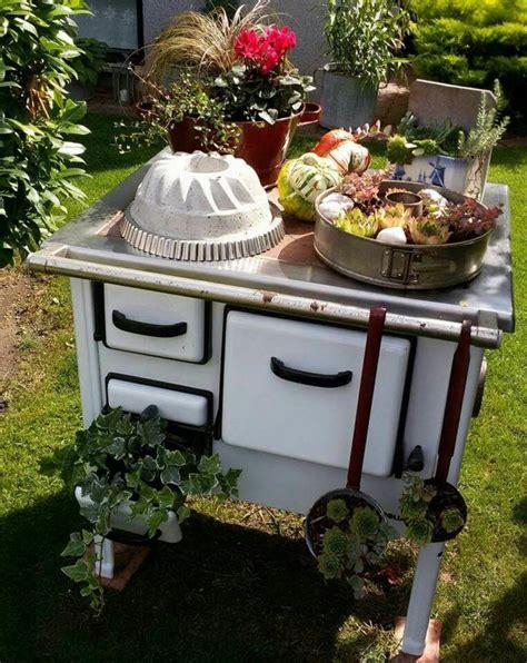 Nähmaschine Gartendeko by Ausgefallene Gartendeko Selber Machen Tolle Upcycling Ideen