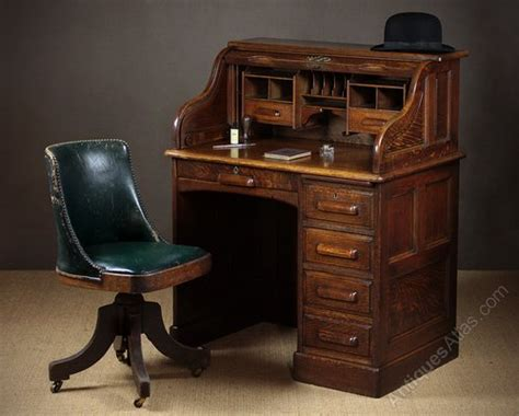 Small Roll Top Computer Desk Small Early 20th C Oak Roll Top Desk C 1920 Antiques Atlas
