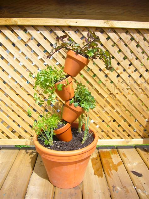 Stacked Planters by Bits Bites Stacked Pot Planter