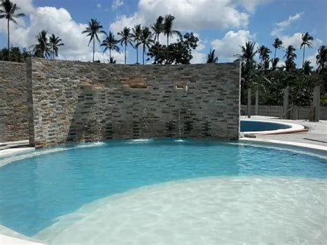 The Place Farm Resort Patio Buendia Farm Resort And Event Place Updated 2017 Hotel Reviews Amadeo Philippines