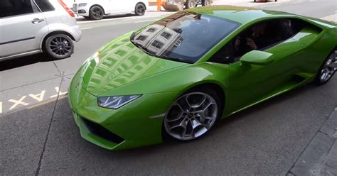 Lamborghini Approved Lamborghini Becomes Supercar Approved For Taxi