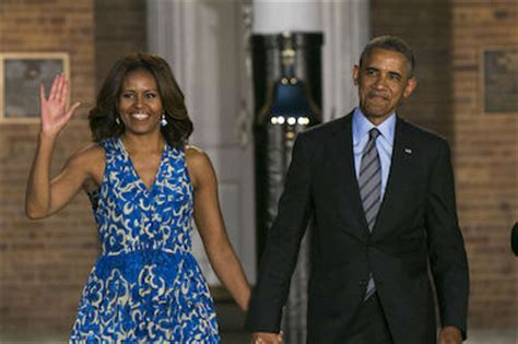 michelle obama university of chicago u of c expected to get obama library tuesday woodlawn