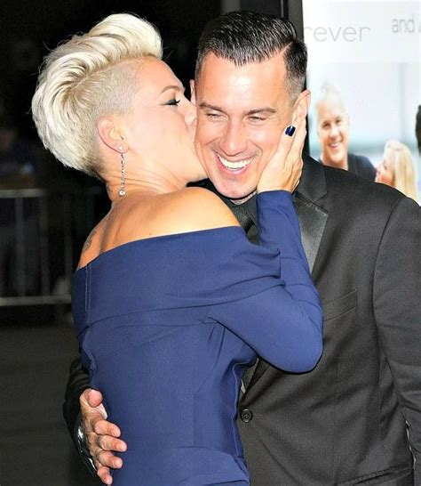 carey hart hair carey heart and alecia beth moore p nk in the thanks for