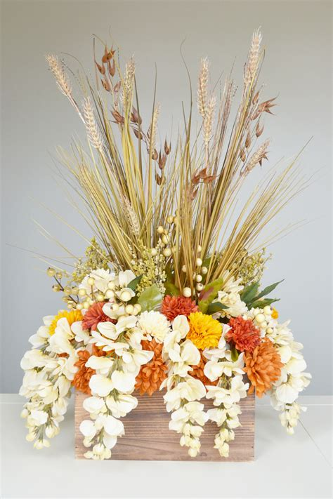 how to make a fall table centerpiece