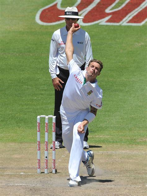 dale steyn swing bowling dale steyn bowls in sri lanka s second innings cricket