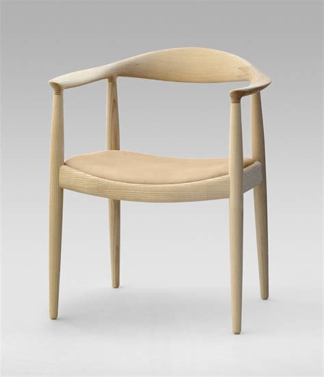 wegner design photo 2 of 9 in 8 iconic chairs by hans wegner dwell