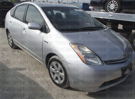 how to reset maintenance light on toyota prius how to reset a toyota prius maintenance light