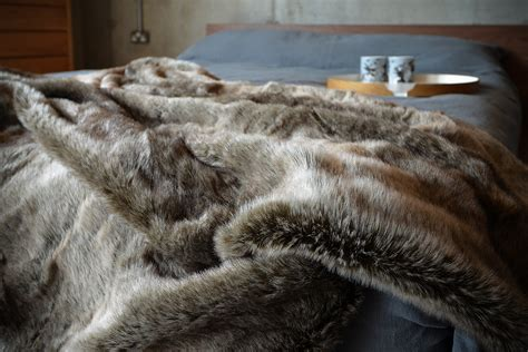 fellimitat decke look faux fur throws throws blankets