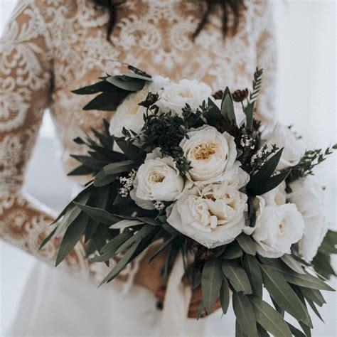 Wedding Bouquet Ideas For Winter by 42 Wonderful Winter Wedding Bouquets Ideas You Will