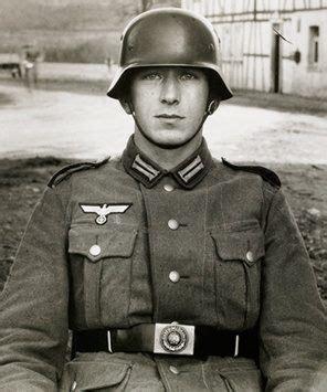 wermacht boy men napletki what would a modern german soldier say to a ww2 german
