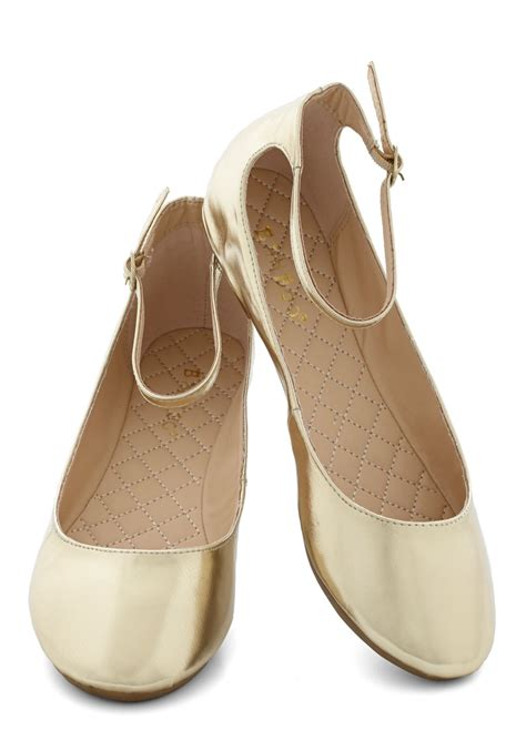 gold shoes flats dessert dash flat in gold mod retro vintage flats