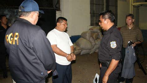 imagenes de miguel jose leonel martinez ex subdirector de penal de san miguel condenado por ser