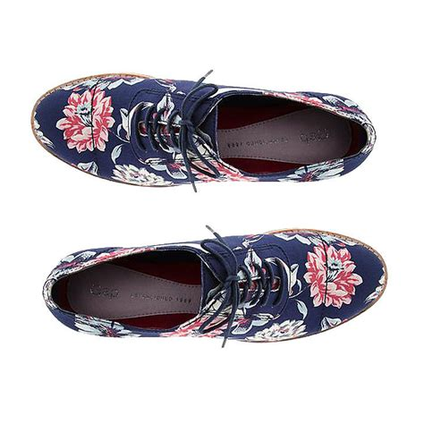 gap shoes gap printed oxfords popsugar fashion