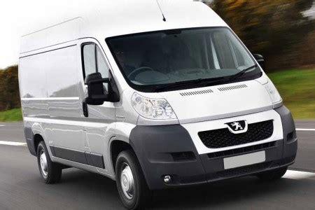 furgone cabinato veicoli commerciali peugeot listino prezzi e modelli