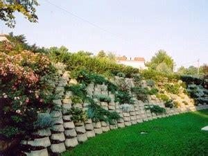 muro fiorito prima srl manufatti in cemento arredo urbano
