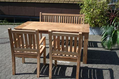 gartenmöbel set aus teakholz gartenm 246 bel set aus massivem holz tisch stuhl bank aus