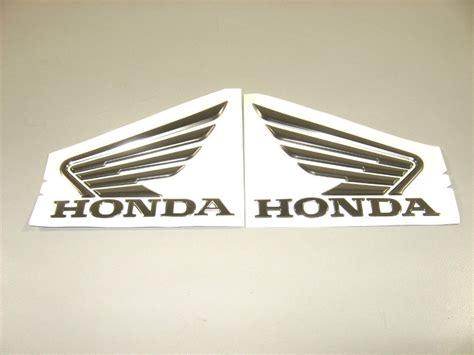 Emblem Wing 3d Sayap Honda Original Kanan Kiri jual emblem vario wing sayap 3d orginal honda toko wahyu laksamana