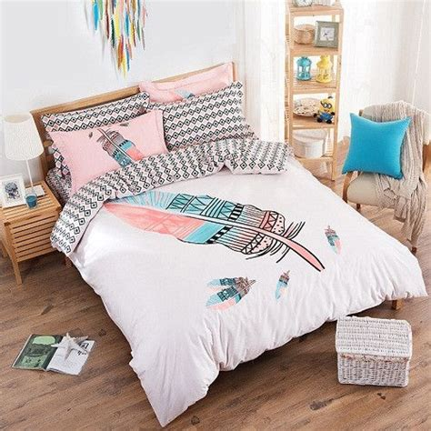 queen size feather comforter 25 best ideas about queen size bed sets on pinterest