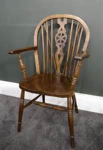 antique windsor armchair pair of oak windsor chairs antiques atlas