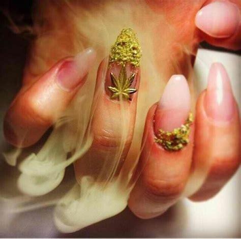 Weird Sofas Nail Polish Weed Cute Nails Nail Art 420 Miley Cyrus