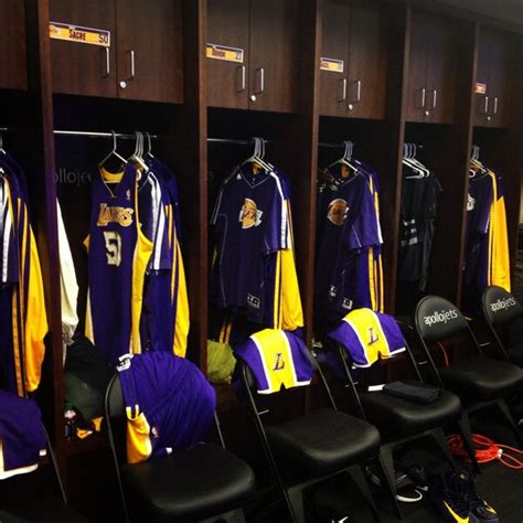 lakers locker room los angeles lakers on quot the lakers locker room setup at barclays golakers http t co