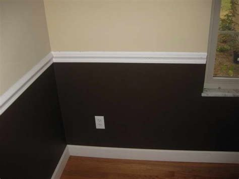 2 tone paint with chair rail 20 best images about spare bedroom w chair rails ideas