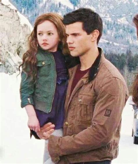 jacob black and renesmee cullen twilight saga wiki wikia 21 best images about renesmee jacob on pinterest