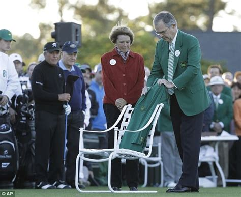 Arnie Says Lets Make Green Hippyshopper by Arnie S Army Out In To Pay Homage At Masters Daily