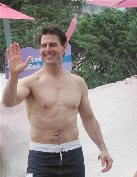 celeb dads hot celeb dads with six pack abs tom cruise young