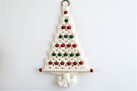 macrame christmas tree wall hanging pattern 28 best macrame christmas tree pattern vintage macrame
